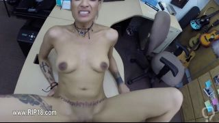 Amateur Tattooed Chick Rammed Hard