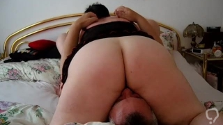 German BBW MILF Facesitting Full Weight