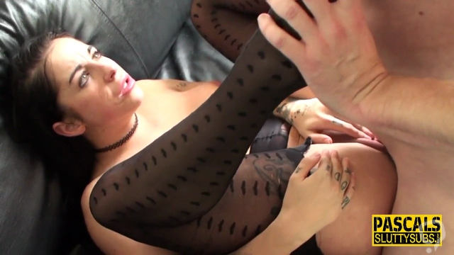 Kinky sub pussy eaten out