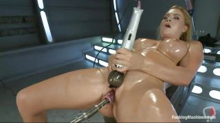 Smoking Hot Blonde Milf With Oiled Body Pleasuring Herself