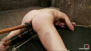 Hot Chick Fucked Hard In The Anus And Pussy