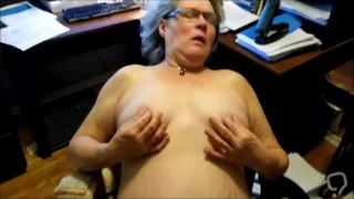 Mature nipplesplay until the extase, after cocksucking