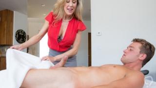 MILF Brandi Love gives the best massage