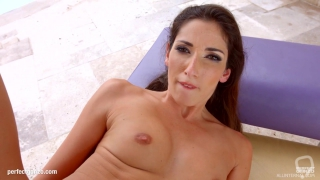 Clea Gaultier gets her holes filled up with jizz of creampie