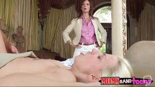 Brunette Mom With Blonde Daughter Having Threesome