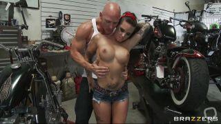 Sexy Tattooed Babe Fucked In A Bike Garage