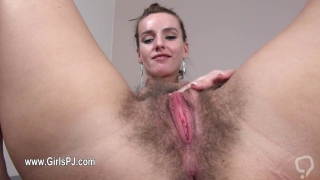 Redhead uses her kinky gyno toys to play with hairy muff