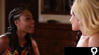 Sappho ebony lesbian invited to join babes