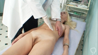 Full gyno exam with mature Vera