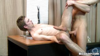 Hot Gay Gets Cum On His Face