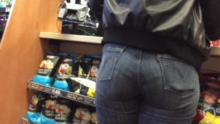 Phat Booty Jeans Ebony MILF