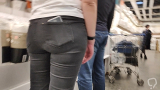 Fat ass milfs in tight jeans 3