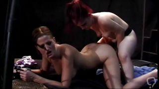 Redhead Midget Girl Fucking A Chick