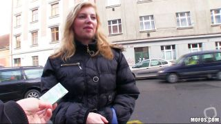 Pretty Blonde With Sexy Body Accepting Money
