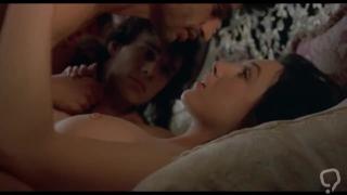 ELSA ZYLBERSTEIN NUDE(Only Boobs Scene)