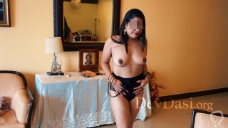 Very Hot Indian MILF Striptease In A Black Lingerie - DevDasi Indian Porn