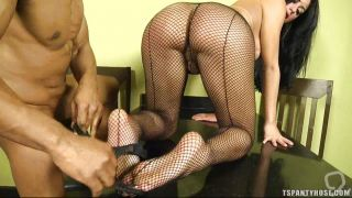 Shemale Wearing Sexy Pantyhose Gives Head
