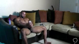 Bodybuilder Samson Roided Out JO