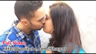 Hot Girl Prass Boobs and kiss