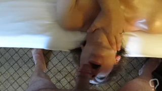 Cheating wife Mindy sucks my cock