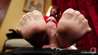Foot Perv John Gets A Pantyhose Feetjob