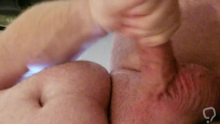Quick Afternoon Jerk and Cumshot