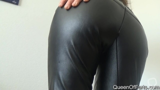 QoF Lizzy Farts an sharts in leather pants