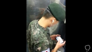 Spy Cam_Korean soldier caught jerking off in public toilet
