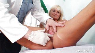 Blonde Mature Woman Got A Pervert For A Doctor