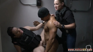 Amateur blonde dorm Purse Snatcher Learns A Lesbosss son