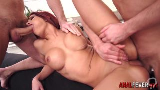 Babe gets ass 3way plowed