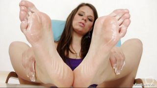 Feet Work By A Hot Brunette Babe.