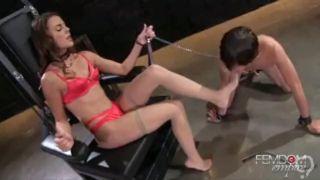 Ally Tate - Demanding goddess feet