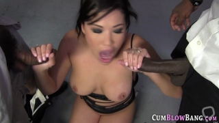 Asian ho blows black dong