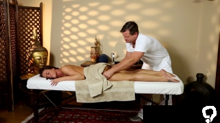 Babe spermed by masseur