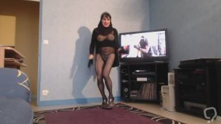 musulmane gros seins danse en collant noir