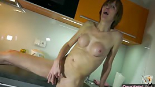 OmaHotel Skinny Mature in kitchen and Fat Granny in livingroom