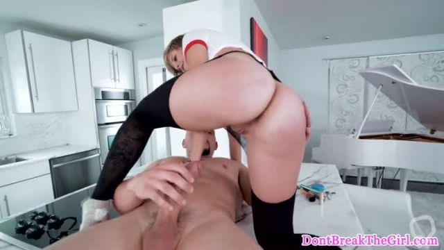 Sexy College Girl with glasses goes on a naughty side job