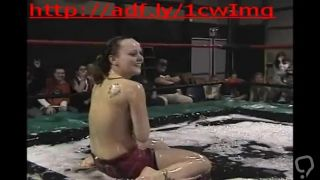 REAL Nude Wrestling: Paige vs Holly Wood