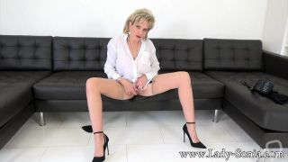 LadySonia-Wanking for Aunt Sonia
