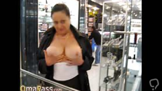 Granny and mature pictures collection in online slideshow video