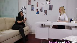 Lesbian in stockings fingered and tongued in the office in hi def