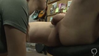 Creamy cumshot and brunette double first time Pawnstar meets a rocksta