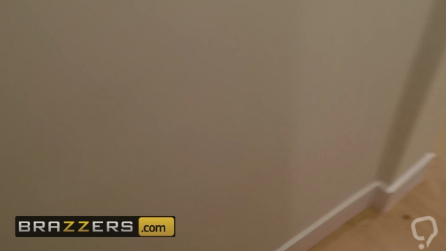Brazzers - Milfs Like it Big - Kendra Lust Keiran Lee - Stalking for a Cocking
