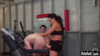Brunette babe punishes a kinky guy