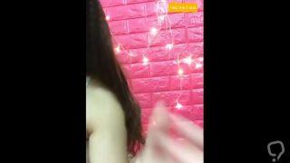 Bigo VN 12 - Em gái vú to không mặc áo ngực