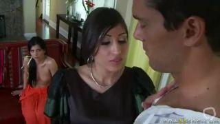 Rebecca Linares & Alexis Breeze - Tierra Prohibida