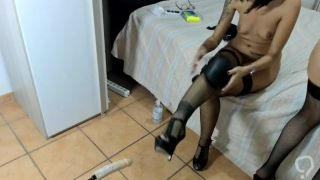 Lady_anal lesbian strap-on and hard orgasme - sex machine in ass