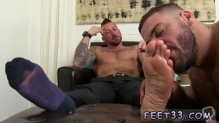 Free serving masters feet gay galleries Hugh has heard how fine Ricky is at adoring feet