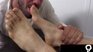 Gay boy feet fetish first time KC likes to have his soles serviced and got a real kick